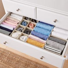 Closet Drawer Organizers For Sale.Ideas: Ergonomic Plastic Drawers For Clothes . Clothes Drawer Organization, Closet Organizer With Drawers, Closet Drawers, Home Organisation, Organization Hacks, Diy Drawer Dividers, Kitchen Organization, Organize Dresser Drawers, Home Organizer