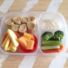 YUMMY school lunch ideas | packed in @EasyLunchboxes containers