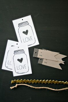 free printable: Mason jar Love gift tags + black stripe kraft tags
