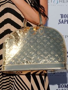 Louis Vuitton Louis Vuitton Handbags, Fashion Handbags, Purses And Handbags, Fashion Bags, Fashion Trends, Hermes Handbags, Cheap Handbags, Handbags Online, Luxury Handbags