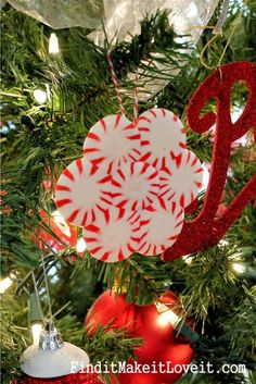 I am drawn to everything red and white at this time of year. Decorating with peppermints and candy canes is one of my favorites! So last week Steff and I grabbed a couple bags of peppermints and candy cane sticks and had some fun. First, we made these peppermint ornaments! This is the same technique [...]