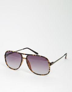 Sonnenbrille von ASOS leichtes Gestell geformte Nasenpolster für zusätzlichen Komfort abgestuft getönte Gläser schmale Bügel mit abgerundeten Enden für einen sicheren Sitz voller UV-Schutz