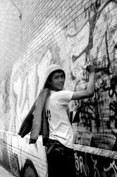 Style Wars. Henry Chalfant Nyc Subway, Subway Art, Graffiti Writing, Graffiti Art, Graffiti History, Graffiti Photography, School Images, 2nd City, Documentary Photographers