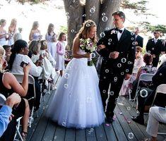 Bubbles instead of confetti--so pretty!  #BrideDeForce #FleurDeForce