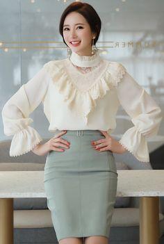 StyleOnme_Squared Buckle Slim Fit H-Line Skirt #feminine #pencilskirt #koreanfashion #kstyle #kfashion #springlook #elegant #seoul