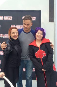 Tom Wlaschiha at the Comic Con Austria with fans!!Source: Katrin Fürlinger FB From: https://www.facebook.com/tomwlaschihafanpage/