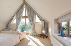 dachfenster gardinen dreieck fenster