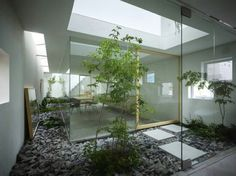 Architecture garden Stories on Design: Outdoor Rooms House in Moriyama by Suppose Design Office Interior Garden, Home Interior Design, Interior Architecture, Garden Architecture, Japanese Architecture, Interior Concept, Interior Decorating, Urban Garden Design, Atrium