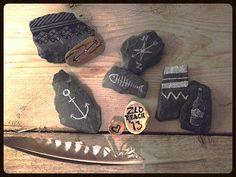 Nieuw project | Ambacht met steen en potlood.  #ZLD #Zeeland #rock #vlissingen #drawing #stones #beach tentypografie.com