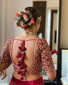 Blouse Designs Catalogue, Wedding Saree Blouse Designs, Silk Saree Blouse Designs, Fancy Blouse Designs, Latest Blouse Designs, Latest Bridal Lehenga Designs, Wedding Blouses, Traditional Blouse Designs, Stylish Blouse Design