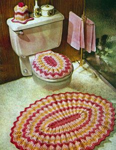 Vintage Ripple Bathroom Set crochet pattern from Knit & Crochet with Heavy Rug Yarn, Star Book No. Diy Crochet Owl, Mode Crochet, Crochet Ripple, Crochet Home Decor, Knit Crochet, Wc Set, Rug Yarn, Vintage Crochet Patterns, Knitting Patterns