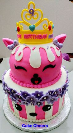 #numnoms Num noms birthday cake for girls. Love this design, and the crown was perfect. Every thing was edible, and the birthday girl was very happy. Numnoms cake was very moist and delicious.