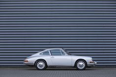 http://www.classicmotorcarsholland.com/occassions/89/Porsche-911.html