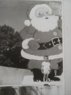 https://flic.kr/p/K3mLn | natal 1957 | Xmas 1957, praca rui barbosa, aracatuba, sp. Tags , COIMBRA, LEITAO, MANADAS, COIMBRA, PORTUGAL.