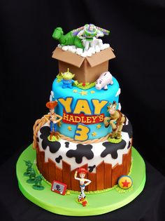 69 Lemon And Strawberry Cake - Toys for years old happy toys Toy Story Birthday Cake, Baby Boy 1st Birthday Party, 3rd Birthday Cakes, 4th Birthday, Birthday Ideas, Bolos Toy Story, Festa Toy Store, Toy Story Cupcakes, Toy Story Baby