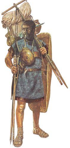 Marius' Legionary by Jeff Burn - John Warry. (Marius and Sulla/Roman Army Reorganization/Montefortino helmet/mail shirt/pilum scutum and gladius/Warfare in the Classical World)