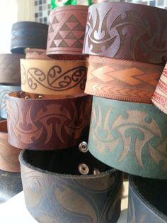 Leather Fringe, Leather Cuffs, Leather Jewelry, Maori People, Cultural Crafts, Maori Designs, Maori Art, Kiwiana, Leather Carving