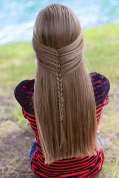 Mermaid Half Braid by Cute Girls Hairstyles. Create this simple unique three strand braid by simply picking up the strands differently! See tutorial here!