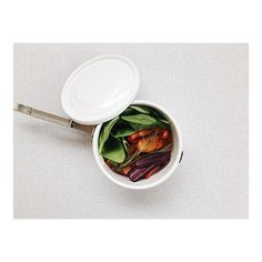 can't wait for lunchtime and dig into roasted vegg with rosemary and spinach in my enamel sealed pot from Lunch Time, Lunch Box, London Instagram, Spinach, Carrots, Enamel, Canning, Photo And Video, Vitreous Enamel