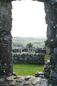 A great view of #thehillofslane here in #slanevillage in #theboynevalley . A beautiful place to be.