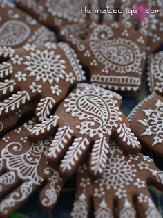 Henna cookies, a fun alternative to cakes? Photo and henna patterns by Darcy Vasudev.