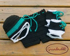 SAN JOSE SHARKS Traditional Crocheted Hockey Set by Grandmabilt, $10.00