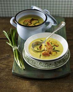 Unser beliebtes Rezept für Kartoffel-Currysuppe mit Garnelen und mehr als 55.000 weitere kostenlose Rezepte auf LECKER.de.