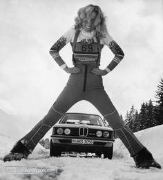 der BMW 323i ist auch im Schnee unterwegs #BMW323i #zwischengas #classiccar #classiccars #oldtimer #oldtimers #auto #car #cars #vintage #retro #classic #fahrzeug #BMW