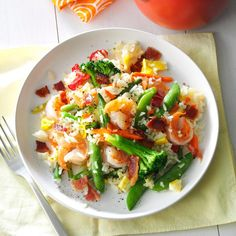 Shrimp Fried Rice Recipe [begin w/ bacon and some butter] Shrimp Recipes Easy, Rice Recipes, Seafood Recipes, Asian Recipes, Dinner Recipes, Cooking Recipes, Ethnic Recipes, Oriental Recipes, Seafood Soup