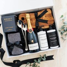 Real Estate Gifting Thank You Gift Baskets, Thank You Gifts, Real Estate Gifts, Congratulations Gift, Business Thank You, Gift Hampers, Appreciation Gifts, Corporate Gifts, Small Gifts