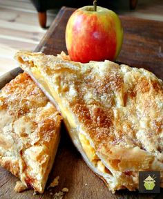 Delicious Apple and Custard Strudel, serve warm on their own or add a blob of whipped cream!  #dessert #pie #strudel #flakypastry #apple