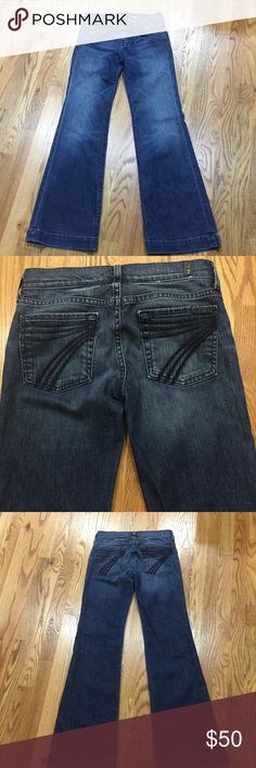 """7 For all man kind Jeans Excellent condition, except picture #4 shows a spot just below the knee, not very noticeable. Pricing to reflect this. """"The Lexie"""" Style. Inseam is 32"""" 7 For All Mankind Jeans Flare & Wide Leg"""