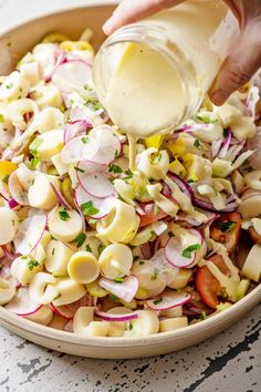 Hearts of Palm Salad / Hearts of palm get their moment in the spotlight in this satisfying salad. Terrific for picnics, potlucks, and buffets. Vegetarian Salad Recipes, Healthy Recipes, Hearts Of Palm Salad, Palm Hearts, Clean Eating, Healthy Eating, Summer Salads, Healthy Summer, Soup And Salad