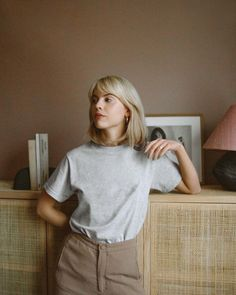 Meet Frida Vega Salomonsson, One of the Emerging Photographers Behind Sweden's Feminist Collective, Nuda My Hairstyle, Hairstyles With Bangs, Quick Hairstyles, New Hair, Your Hair, Looks Street Style, Grunge Hair, Dream Hair, Up Girl