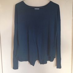 Old Nave blue t shirt with fly away back Cute t shirt with a huge slit up the back to show a little skin. No flaws. Old Navy Tops Tees - Long Sleeve