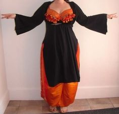 And the plus size belly dance costumes are suitable for plus size women.For plus size kids and teens, plus size belly dance costumes are also available. Belly Dancer Costumes, Belly Dancers, Dance Costumes, Hallowen Costume, Cool Costumes, Dance Gear, Belly Dance Outfit, Tribal Belly Dance, Dance Outfits