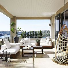 We love an outdoor room with a view!  Get your daily dose of house-envy with this chic Sydney harbour home: www.homestolove.com.au.  Photo: @misheye Story: @bellemagazineau