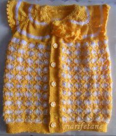 Örgü Yakadan Başlamalı Yeni Bebek Yeleği Modeli devamı:http://www.marifetane.com/2014/06/orgu-yakadan-baslamal-yeni-bebek-yelegi.html
