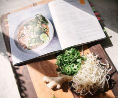 Thai Basil Leaves, Pho Broth, Chicken Pho, Sriracha Sauce, Fresh Mint Leaves, Bean Sprouts, Corn Salads, Coriander Seeds, Skinnytaste
