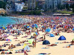 Sydney crowded beach