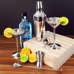 You too can drink like an international spy with the bar Martini Shaken Not Stirred Cocktail Set. Inspired by James Bond's classic line, this Martini Cocktail Set contains all the ingredients you need to create a Classic Martini. Kit Cocktail, Cocktail Equipment, Shaken Not Stirred, Cocktails, Drinks, Martini, Canning, Craft Cocktails, Drinking