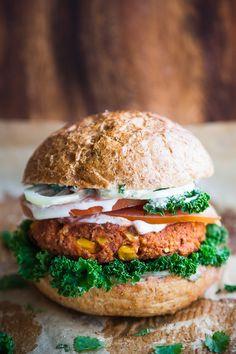 Lunch Recipes, Vegan Recipes, Dinner Recipes, Vegan Meals, Vegan Food, Vege Burgers, Flammkuchen Vegan, Veggie Fritters, Vegan Pizza