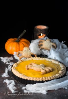 Crostata halloween con crema di zucca e ricotta  #HL2019 #dessert #crostatahalloween #kids #zucca #ricettehalloween #dolce Ricotta, Zombie, Gelato, Halloween, Pumpkin Carving, Menu, Crafting, Dessert, Blog