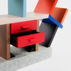 Memphis Milano | Ettore Sottsass | Carlton Miniature (scale 1:4) | Memphis Design Store