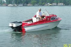 Google Image Result for https://www.antiqueboat.com/Uploads/image/Buy%2520A%2520Boat/Classic%2520Glass.jpg