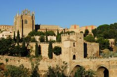 Los pueblos medievales más bonitos de España:  Toledo: La ciudad de las tres culturas.