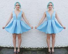 Blue V Neck Backless Midriff Flare Dress - Sheinside.com