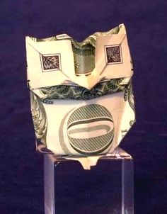 Origami Owl by Jodi Fukumoto folded by Gilad Aharoni Origami Car, Origami Yoda, Origami Star Box, Origami Dragon, Origami Fish, Money Origami, Origami For Beginners, Origami Owl Lockets, How To Make Paper Flowers