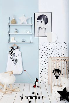 Light blue room decor ideas to try in your living room and bedroom. Ice blue or light blue is a fun home decor trend to try, with decorative pillows, throws, and artwork. Blue Room Decor, Nursery Decor, Baby Bedroom, Kids Bedroom, Kids Rooms, Master Bedroom, Light Blue Rooms, Nursery Neutral, Monochrome Nursery