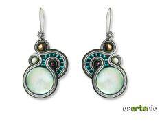 Soutache Earrings, Drop Earrings, Imitation Jewelry, Beading Tutorials, Shibori, Beaded Embroidery, Swarovski Crystals, Jewelery, Jewelry Making